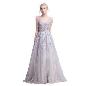 Dresses & Skirts - Long Tulle Appliqué Sequin Beaded Prom Dress